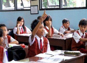 Melihat Kembali Model Komunikasi dalam Dunia Pendidikan