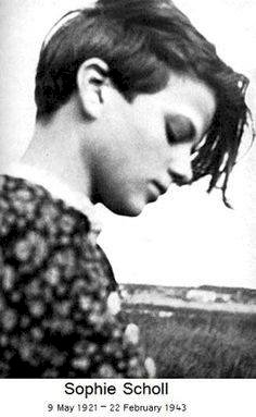 """""""It's Such a Splendid Sunny Day and I Have to Go."""" Mengenang Sophie Scholl"""