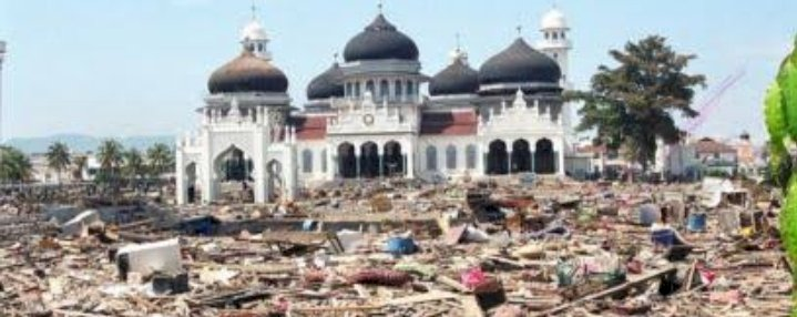 Gempa & Tsunami Aceh 2004